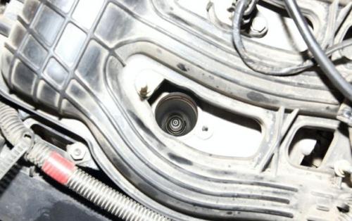 Самостоятельная замена свечей зажигания Лада Приора 16 valve