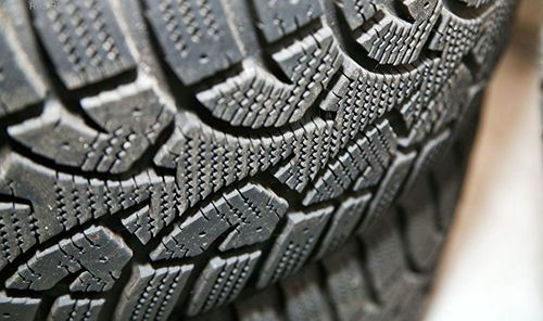 По каким критериям подбирать шины на лето