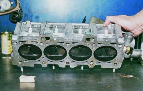 Демонтаж ГБЦ на ВАЗ 2109. Алгоритм самостоятельной замены прокладки головки блока цилиндров