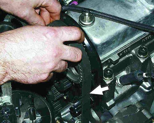 Как заменить ремень ГРМ ВАЗ 2110 и натяжной ролик в домашних условиях