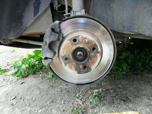 Замена передних тормозных дисков ВАЗ 2114